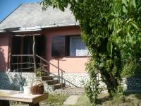 Zámoly-Szõlõhegy, a falutól 3 km-re három szintes 24m2 üdülõ eladó ingatlan hirdetéshez feltöltött kép
