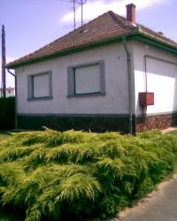 Teskánd eladó 104m2-es családi ház. Csendes falusi környezetben ingatlan hirdetéshez feltöltött kép