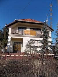 Cegléd eladó családi ház 150m2-es kertvárosi részen 2 szintes 4 szoba ingatlan hirdetéshez feltöltött kép