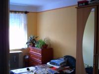 Monor eladó családi ház 75m2-es 3 szobás 2001-ben épült teljes közmű ingatlan hirdetéshez feltöltött kép