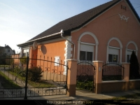 Hajdúböszörmény eladó családi ház 144m2  807m2 telek 3 szoba 2 konyha ingatlan hirdetéshez feltöltött kép