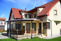 Kecskemét eladó családi ház 260m2 5 szoba + nappali 640m2 telek ingatlan hirdetéshez feltöltött kép
