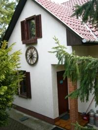 Leányfalu eladó családi ház 160m2 2+4 szoba 3 szintes 2 generációs ingatlan hirdetéshez feltöltött kép