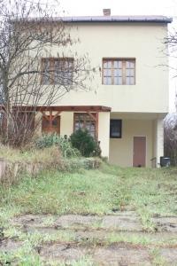 Dunavarsány eladó családi ház 140m2 3+1 szoba Duna-parton üdülõ övezet ingatlan hirdetéshez feltöltött kép