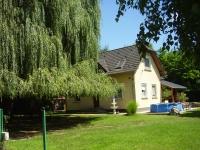 Kecskemét eladó családi ház 140m2 3+1 szoba csendes kis utca 3200m2 telek ingatlan hirdetéshez feltöltött kép