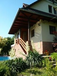 Budakeszi eladó családi ház 123m2 3+1 szoba 730m2 telken jó levegõ ingatlan hirdetéshez feltöltött kép