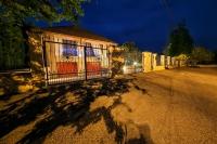 Szolnok eladó családi ház 682m2 8+1 szoba 2605m2 telek parkosított kert ingatlan hirdetéshez feltöltött kép