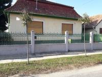 Szigetbecse eladó családi ház 170m2 2 szoba 2880m2 telek központi részen ingatlan hirdetéshez feltöltött kép