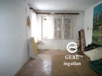 Vác belváros  eladó 362 m2-s telken, 83 m2-s családi ház 3 és fél szoba ingatlan hirdetéshez feltöltött kép